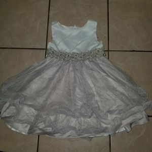 Rare Editions white pearls formal dress 4T